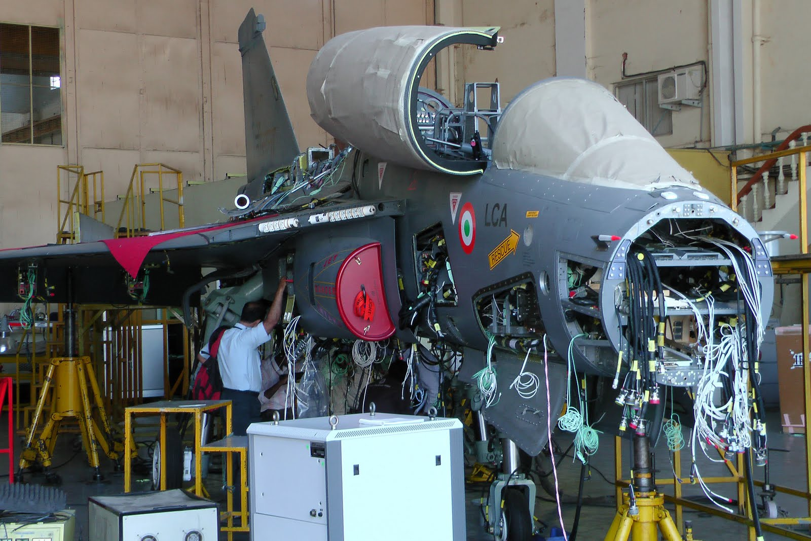 Broadsword: DRDO looks beyond HAL for Tejas production